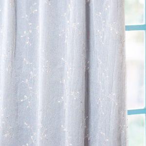 刺繍柄が可愛いレースカーテン シワ加工 ボイル生地 L.ライアン ベージュ