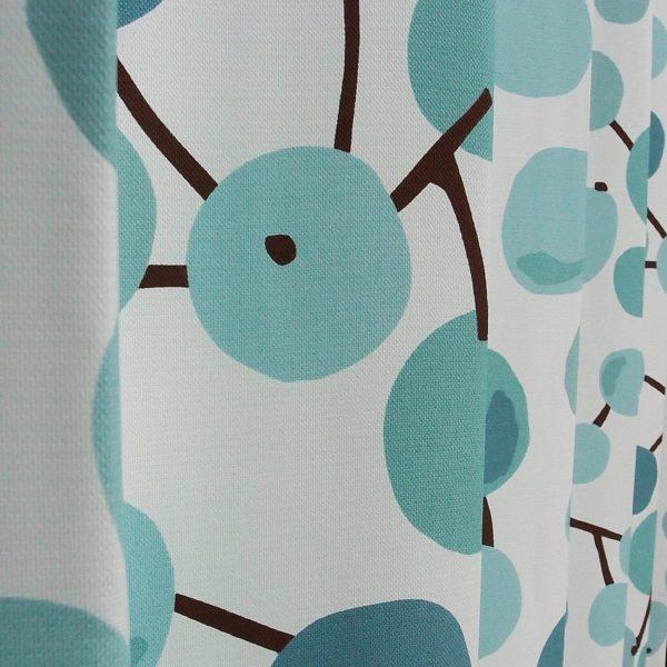 大きな木の実ブルー横