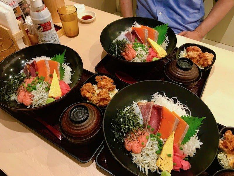 海鮮丼&とんかつ♡タピオカ事件の画像です